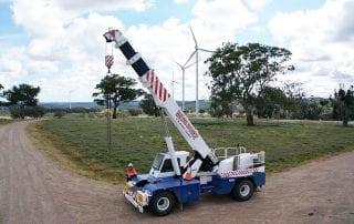 Windfarm work with the 25 t franna